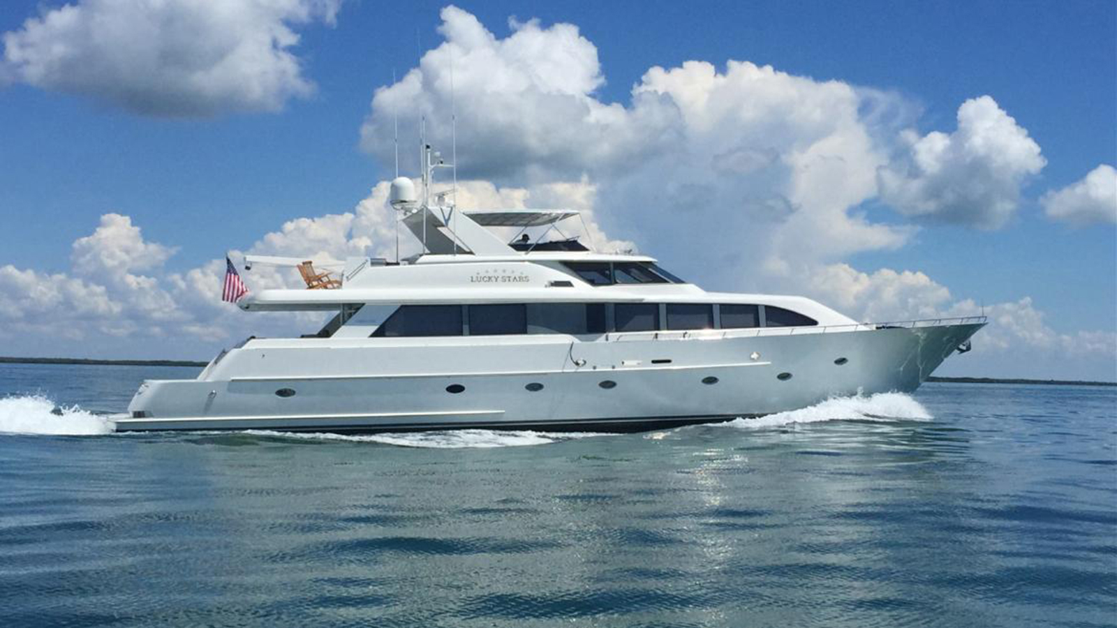 the-westport-motor-yacht-lucky-stars-has-been-sold