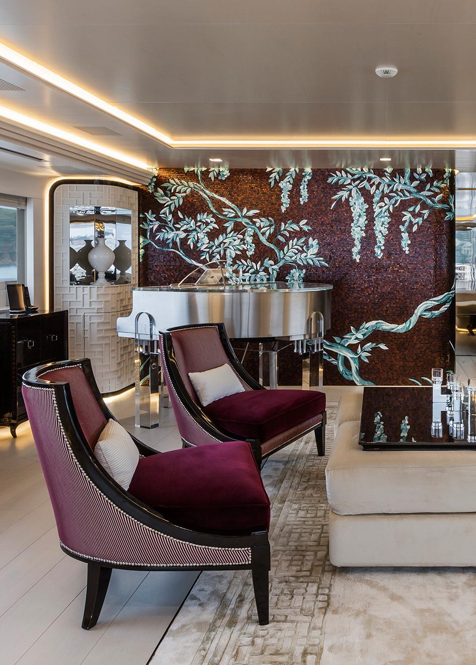 the-upper-saloon-of-rossinavi-super-yacht-polaris