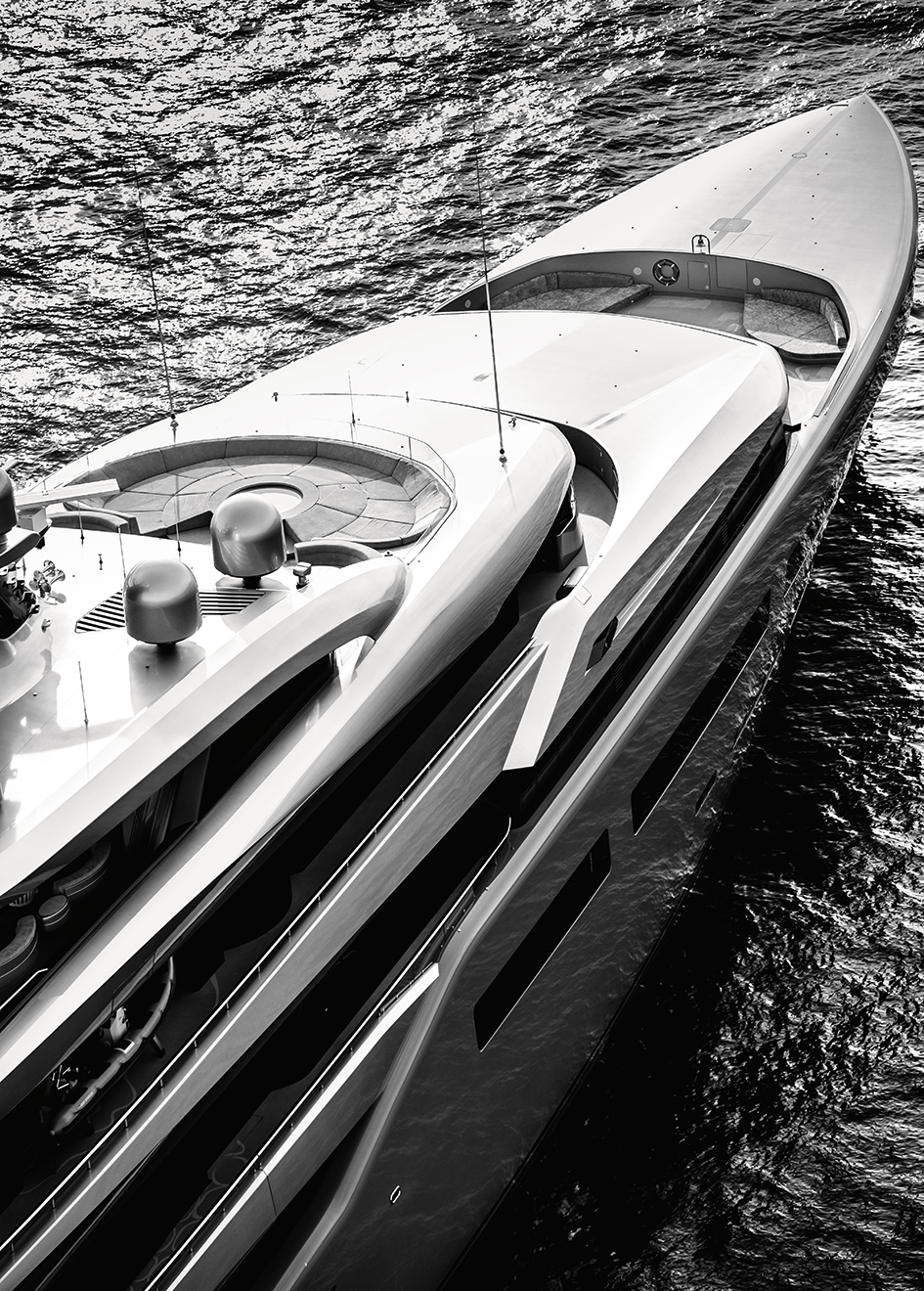 the-foredeck-of-the-abeking-and-rasmussen-superyacht-aviva-credit-guillaume-plisson