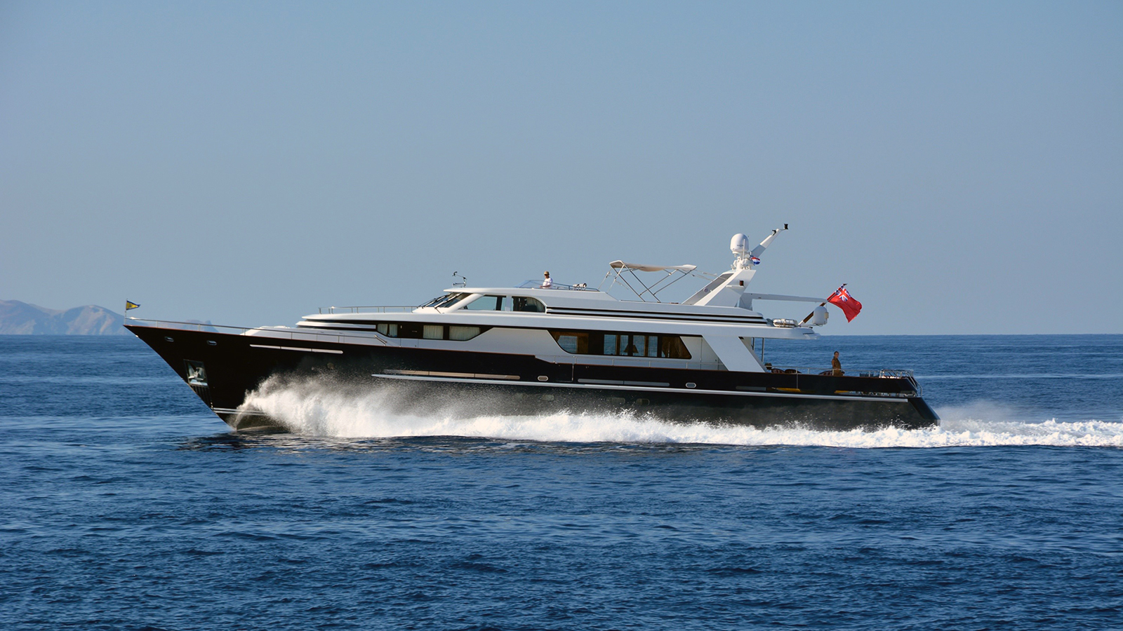 Ninemia - Vitters yacht sold