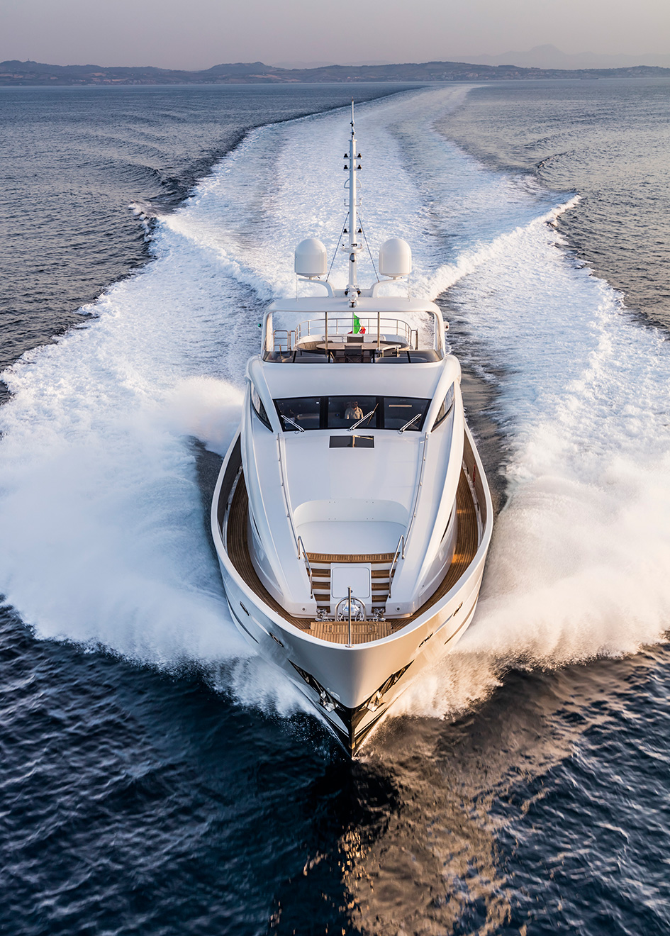 bow-view-of-the-isa-120-yacht-clorinda