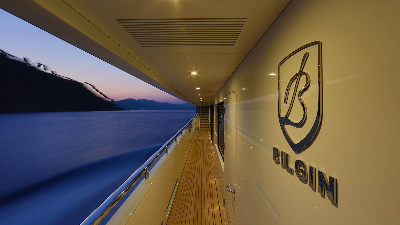 the-side-deck-of-the-bilgin-superyacht-giaola-lu