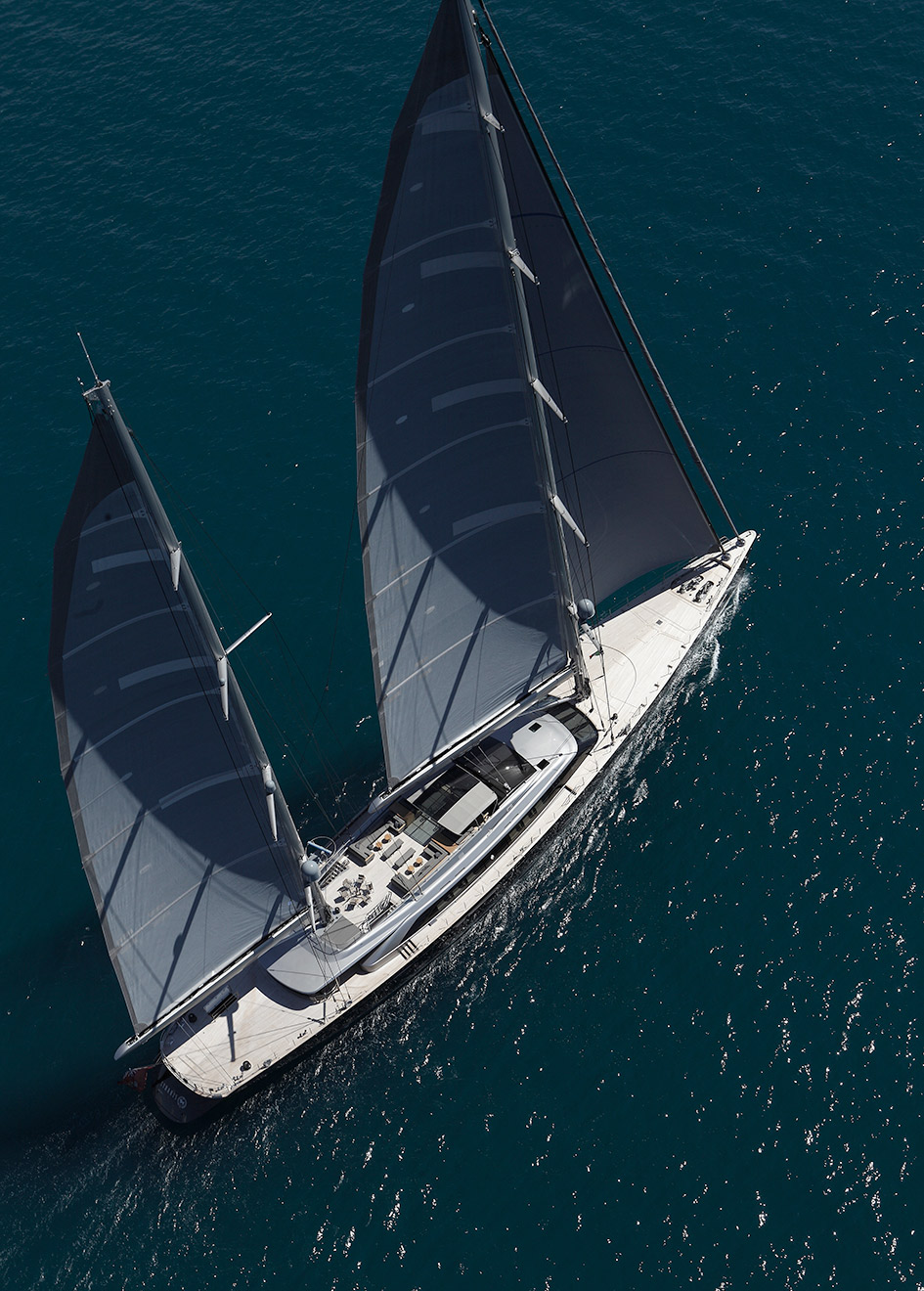 aerial-view-of-the-perini-navi-sailing-superyacht-sybaris-credit-Giuliano-Sargentini