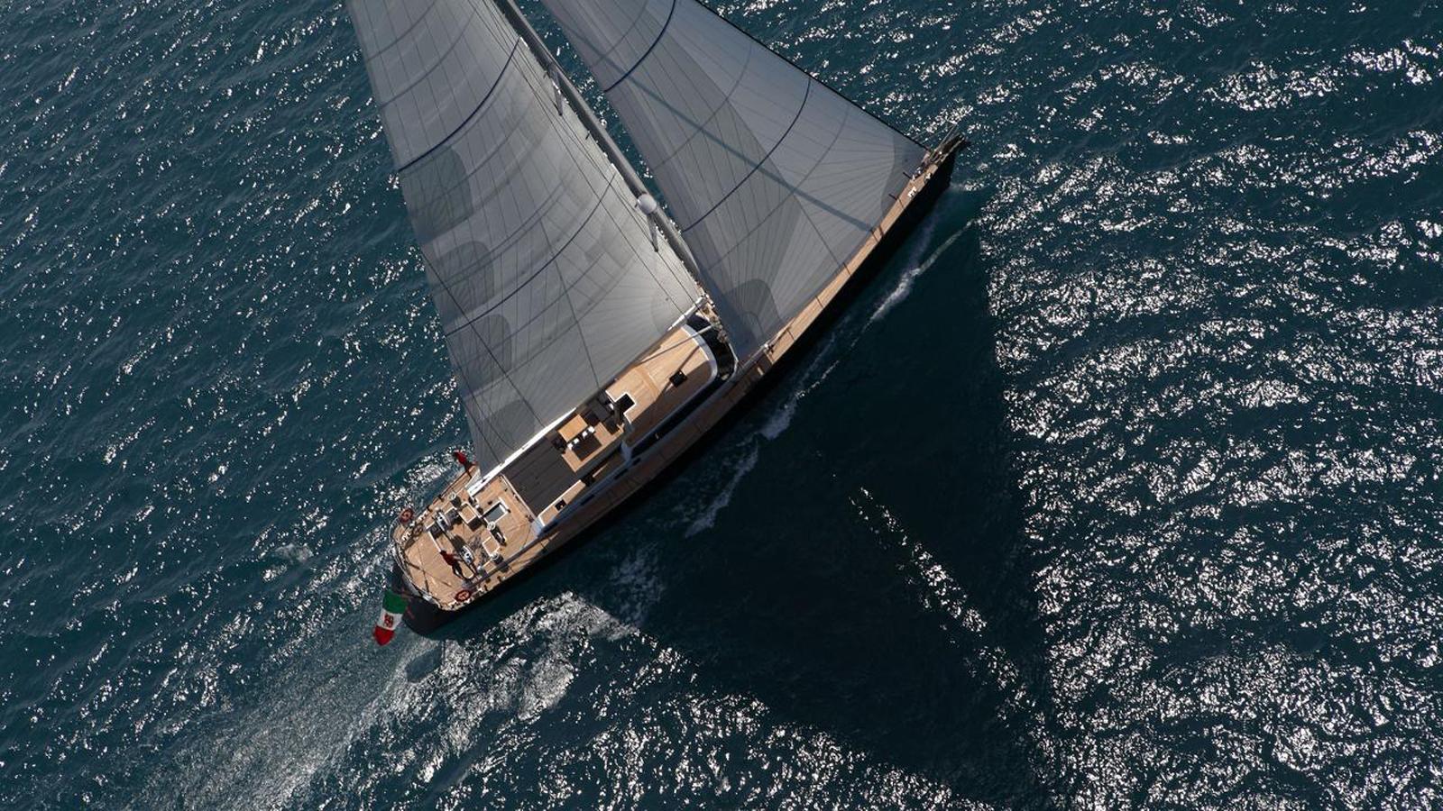 perini-navi-sailing-yacht-xnoi-sold