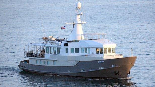 another price drop on motor yacht amnesia at bernard
