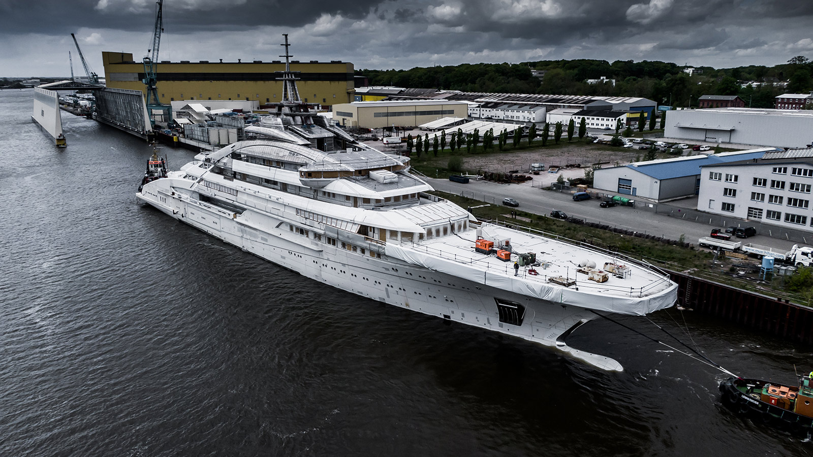 project-redwood-is-being-built-at-german-yard-lurssen