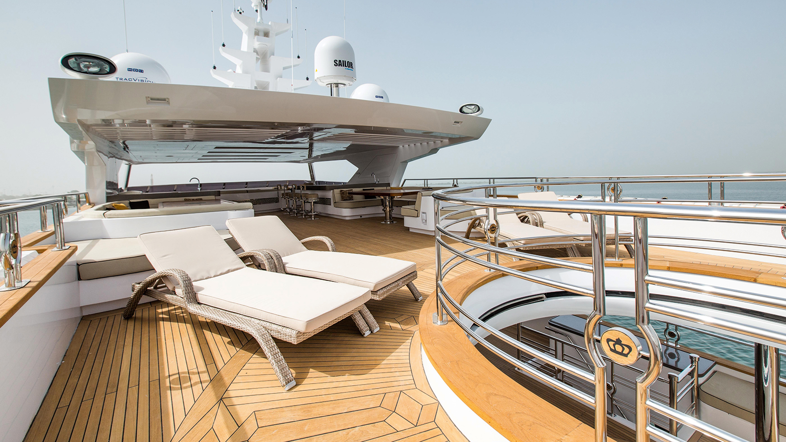 Majesty 155 sun deck