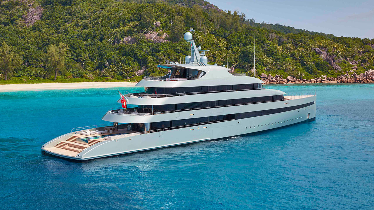 Savannah: The multi-award winning Feadship superyacht ...