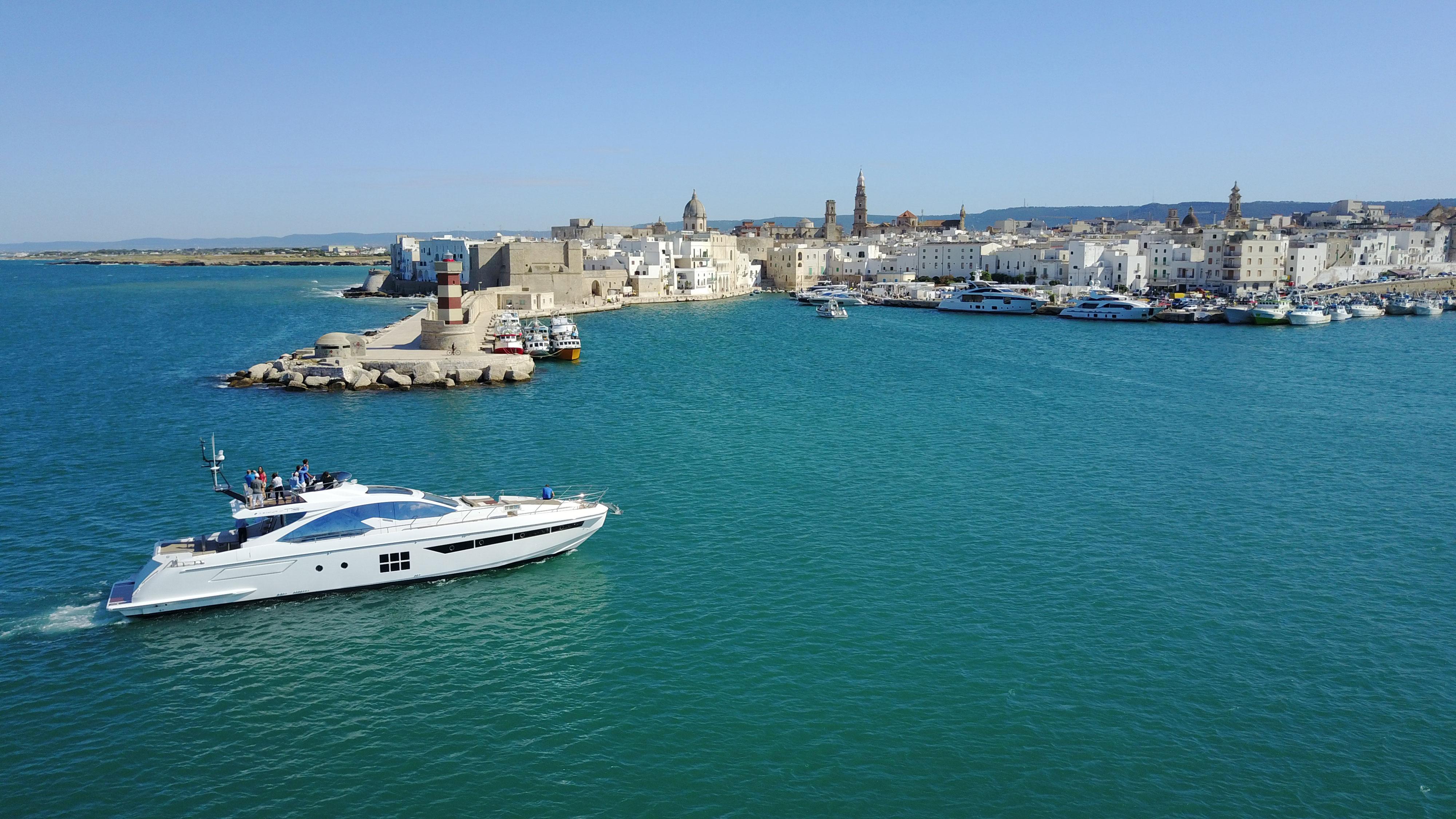 Azimut Yachting Gala Sea Trial