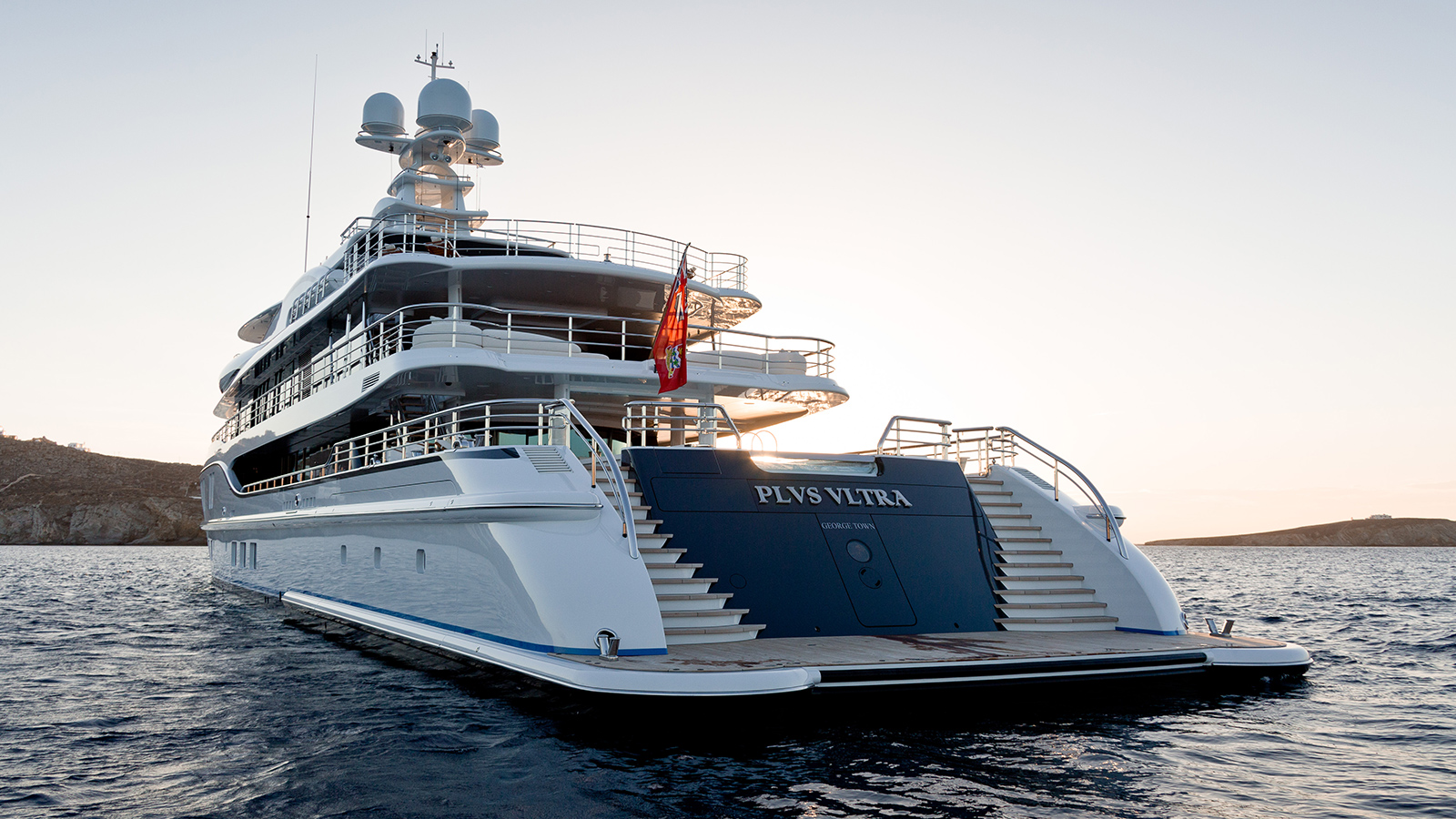the-transom-of-the-amels-super-yacht-plvs-vltra