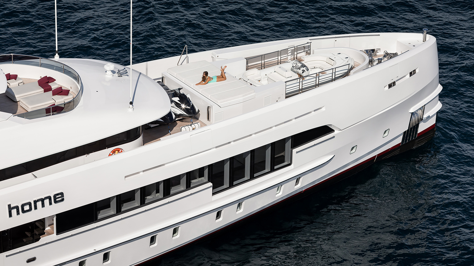 the-foredeck-of-the-50-metre-heesen-motor-yacht-home-credit-jeff-brown-breed-media