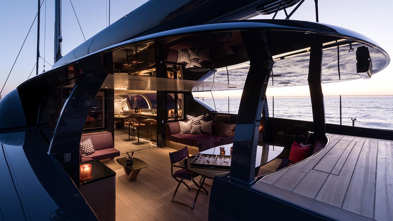 the-cockpit-of-the-royal-huisman-sailing-yacht-ngoni-credit-jeff-brown-breed-media