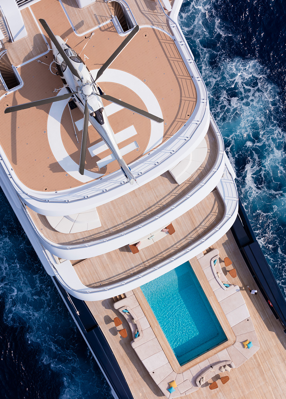 aerial-view-of-explorer-yacht-luna-by-lloyd-werft-helideck