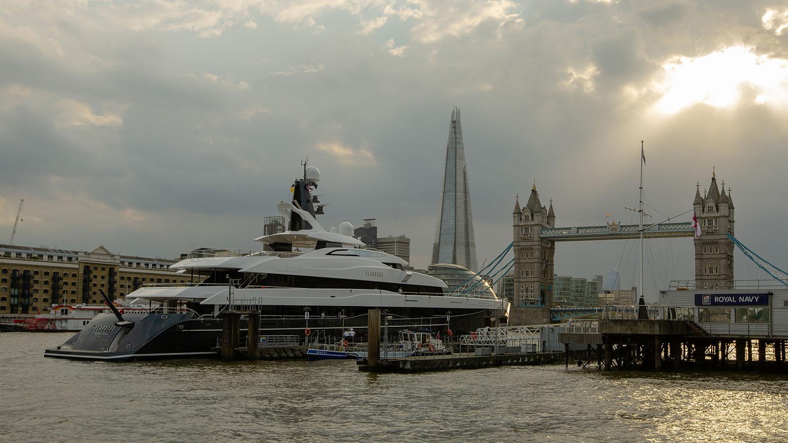 Abeking-Rasmussen-Yacht-Elandess-London-Bridge