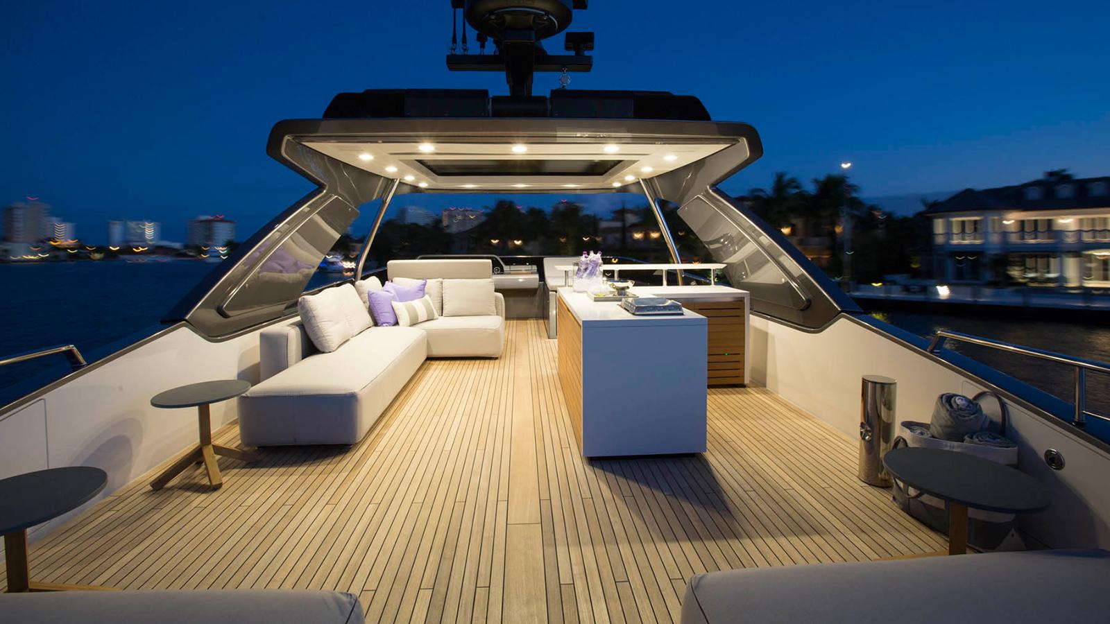 the-upper-deck-of-the-sanlorenzo-sl78-sag-harbor-edition