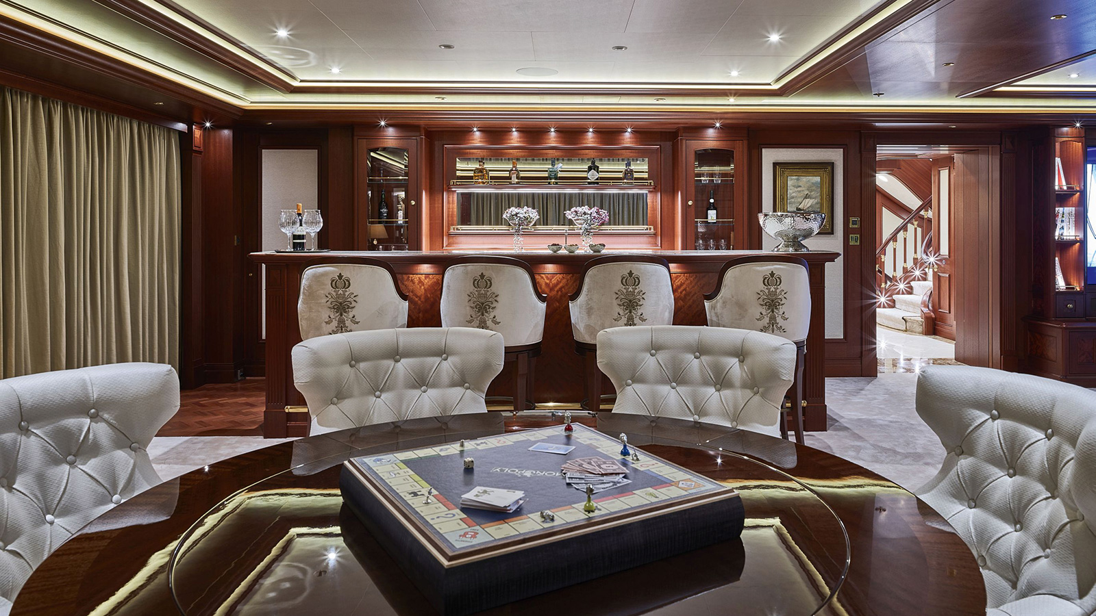 the-bar-of-the-lurssen-superyacht-areti-credit-michael-baginski