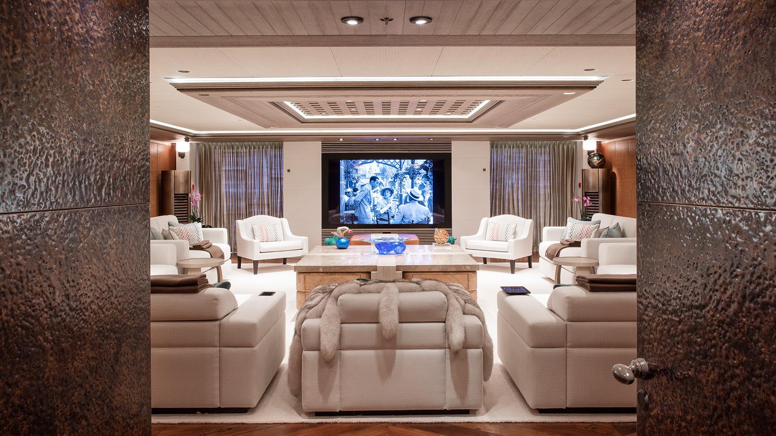 the-saloon-of-explorer-yacht-luna-by-lloyd-werft