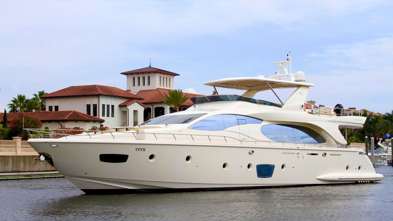 500 000 Price Cut On Azimut Motor Yacht Vvv Boat International