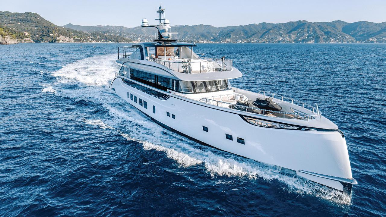 Heading To Yachts Miami Beach