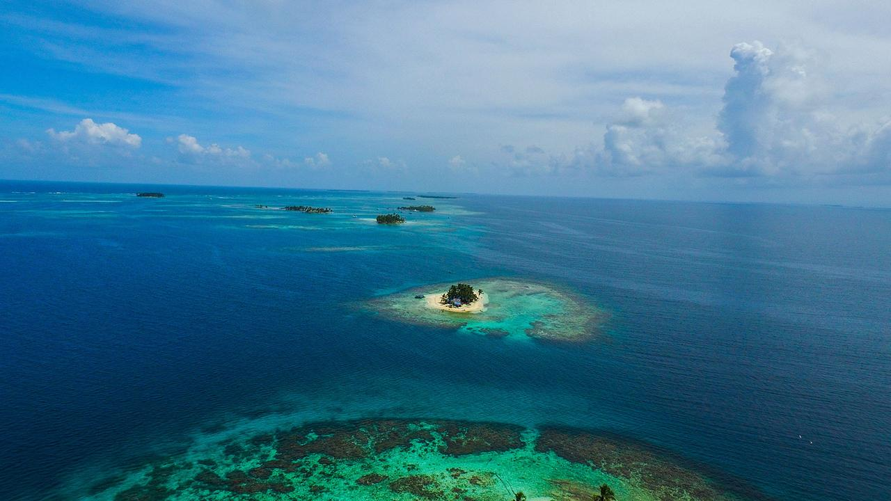 Cays and Bays: Exploring the San Blas Islands by luxury yacht