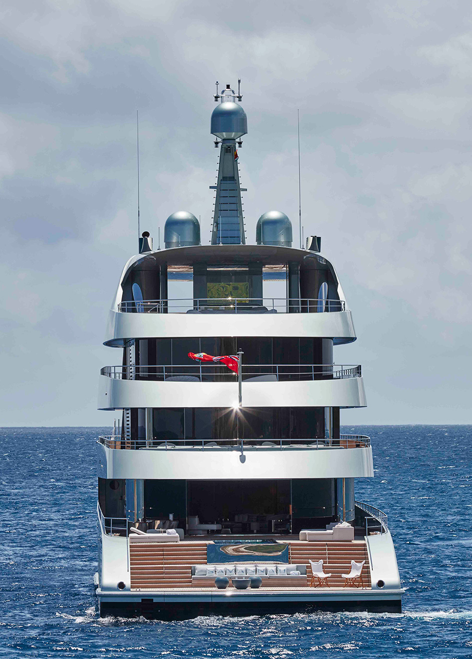 the-aft-view-of-feadship-super-yacht-savannah