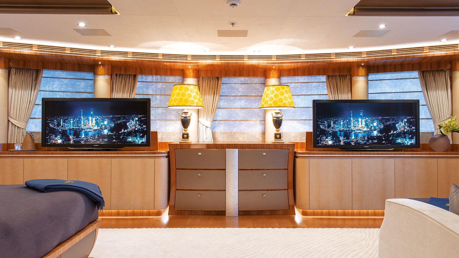 Quattroelle master cabin