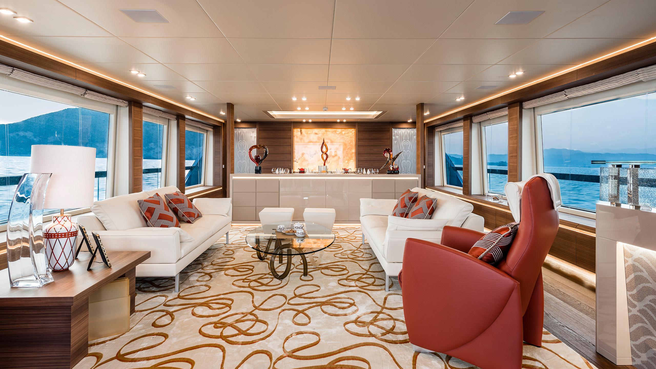 the-saloon-of-the-maiora-36-yacht-harmony