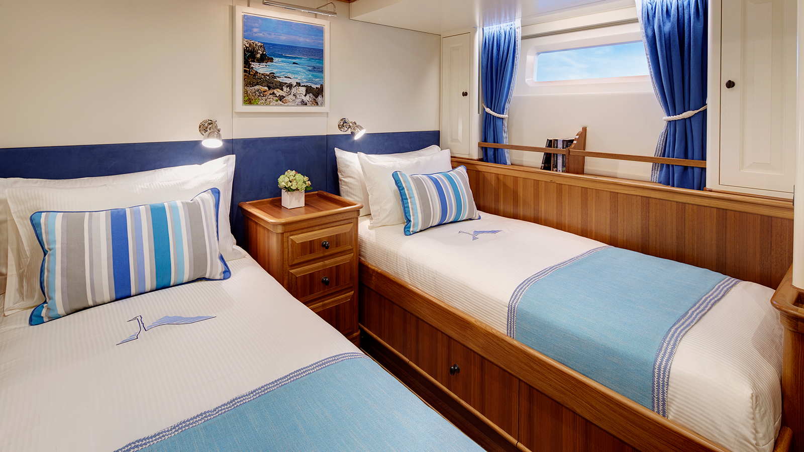 the-guest-cabins-on-yachting-developments-sailing-super-yacht-cygnus-montanus-each-have-their-own-character