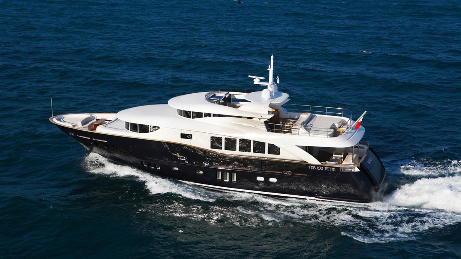 N26 yacht Sakata