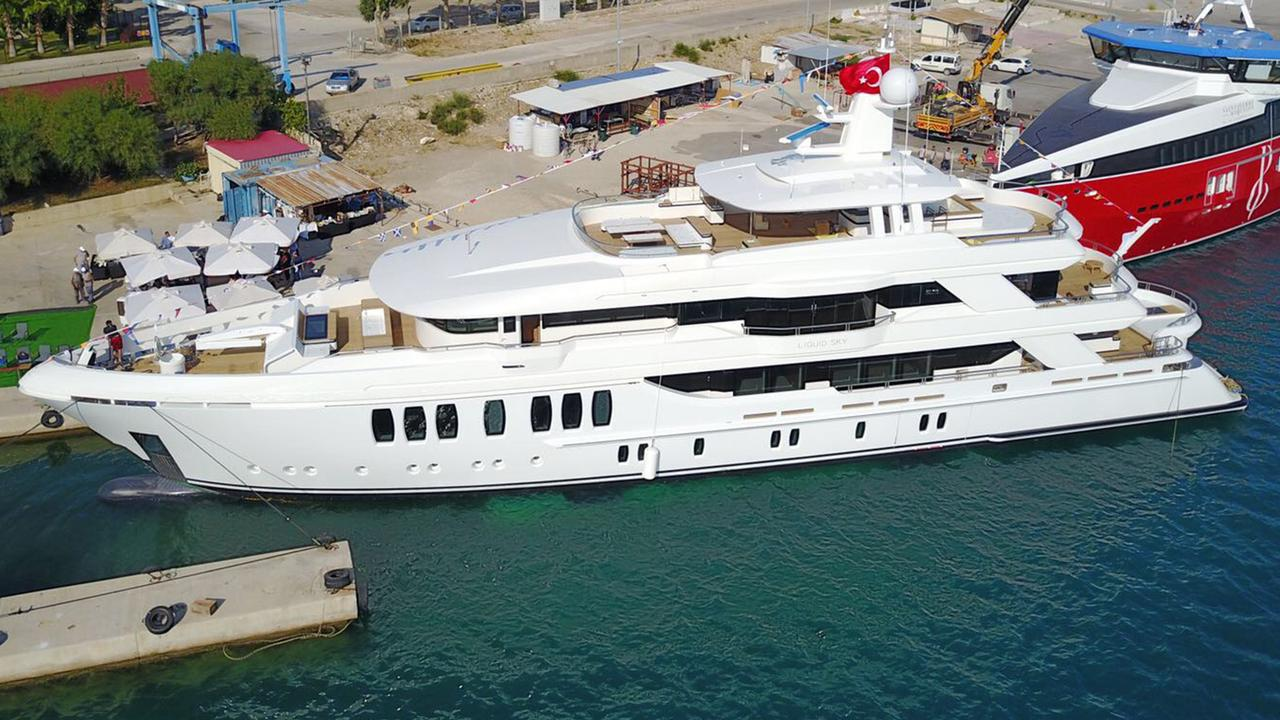 Project Miracle launched by CMB Yachts and named Liquid Sky