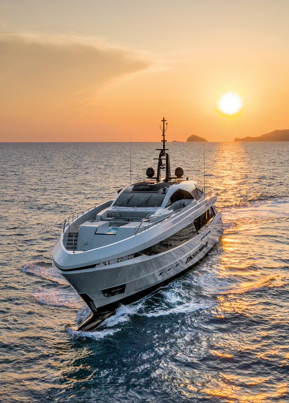 mangusta-45-superyacht
