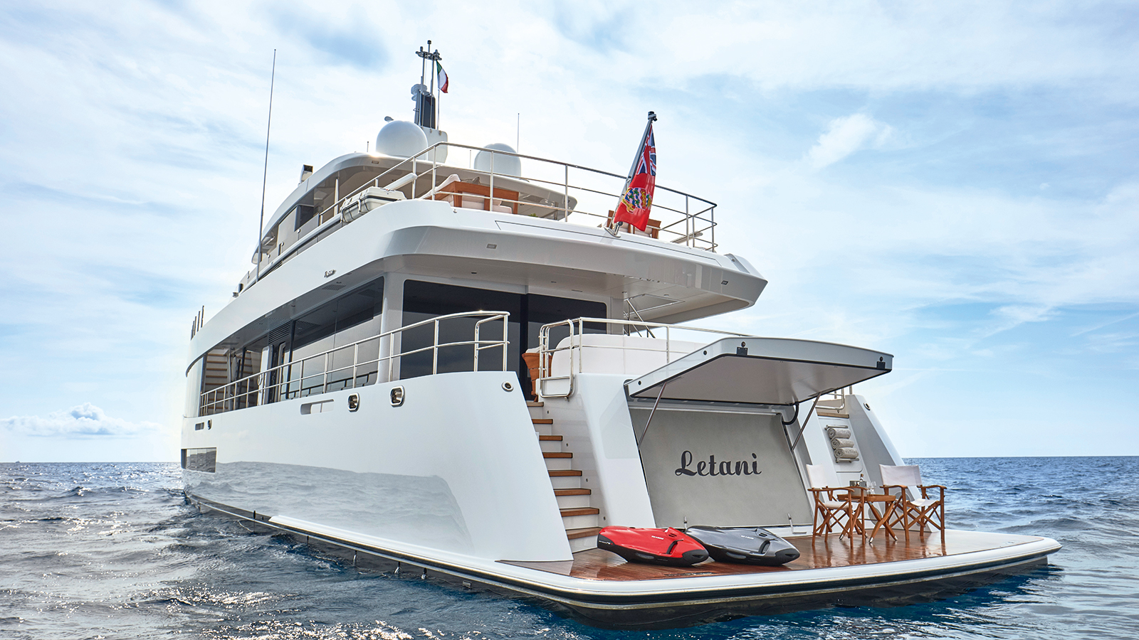 aft-view-of-the-feadship-superyacht-letani