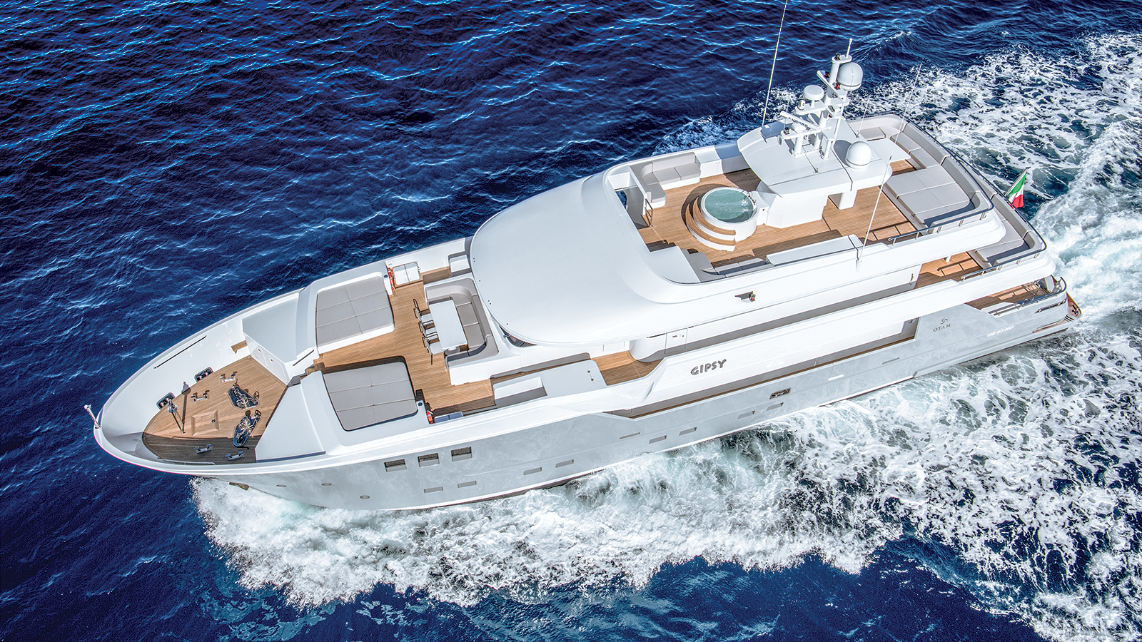 aerial-view-of-otam-super-yacht-gipsy