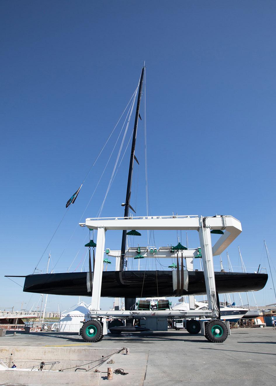 side-view-of-the-wally-93-sailing-yacht-nahita