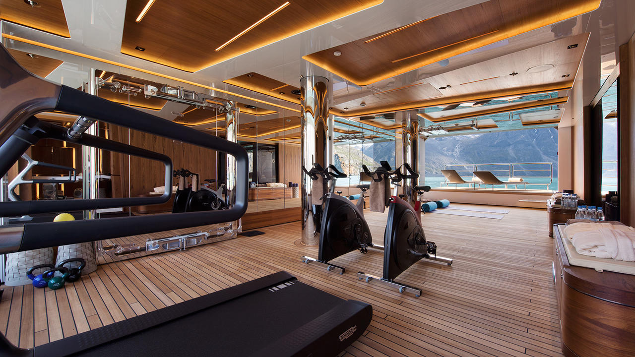 On water workouts the best superyacht gyms in the world for Reclaimed gym floor