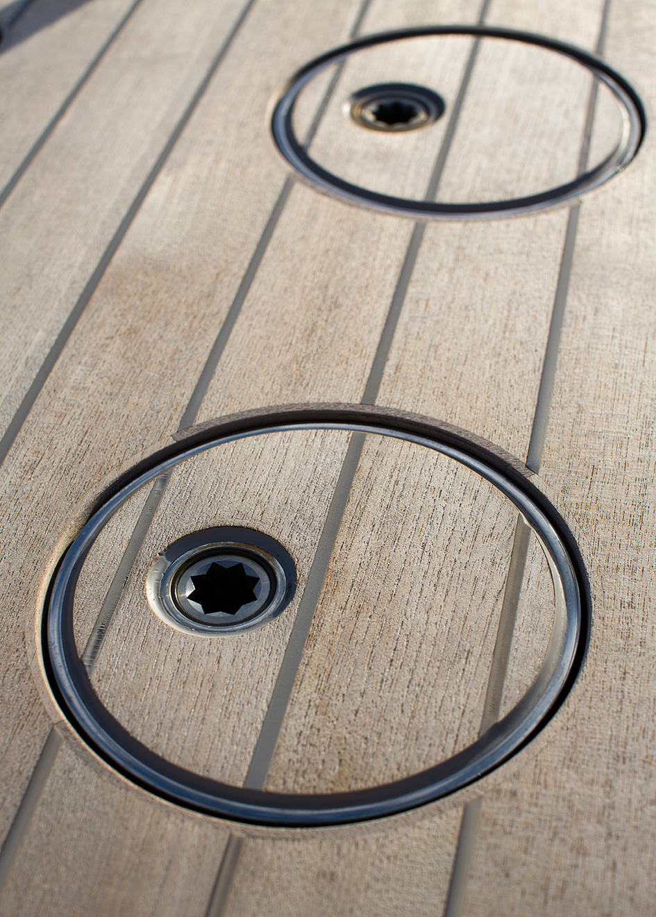 deck-detail-on-vitters-sailing-super-yacht-Unfurled