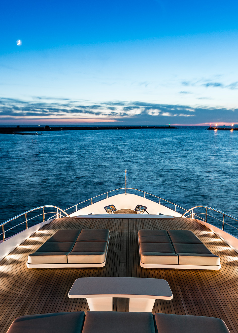 the-foredeck-of-the-maiora-36-yacht-harmony