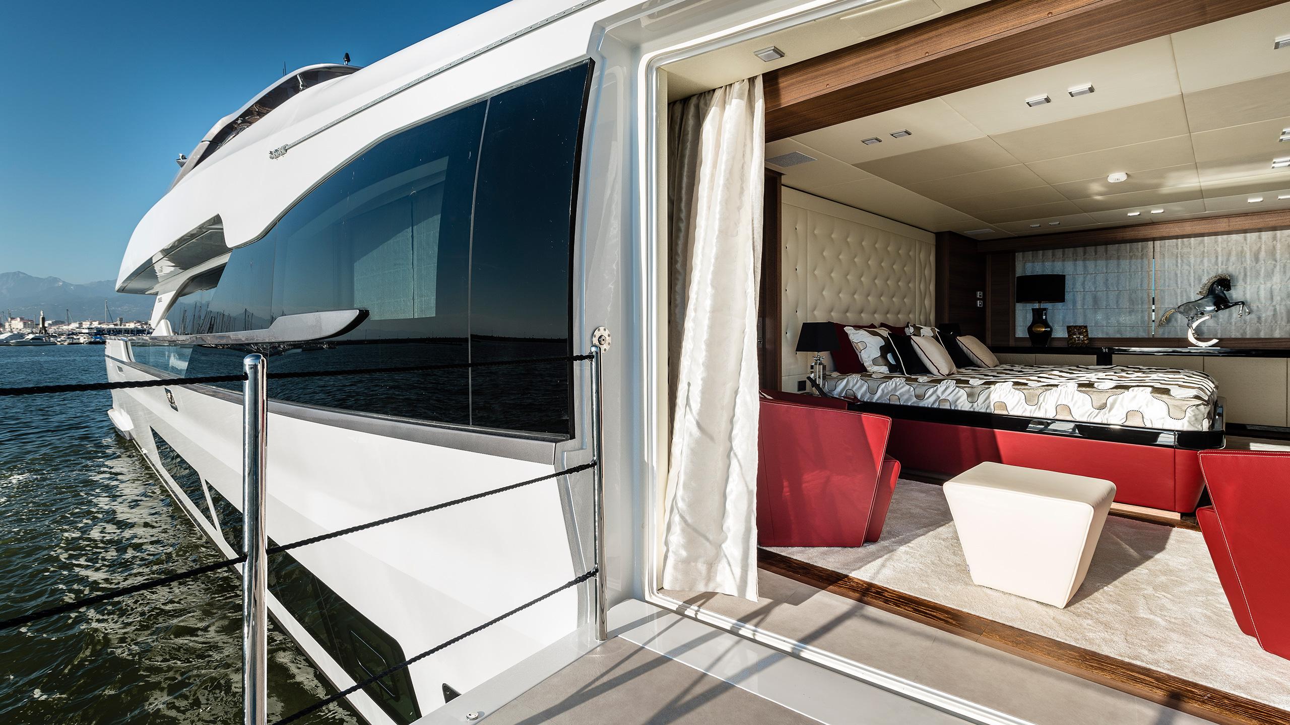 the-master-cabin-of-the-maiora-36-yacht-harmony