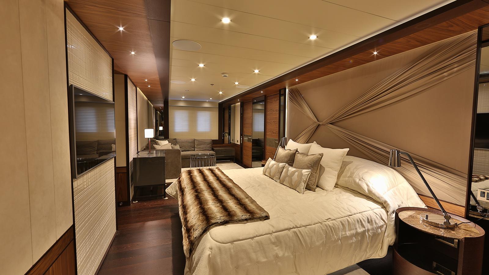the-lower-deck-master-cabin-on-the-bilgin-superyacht-giaola-lu