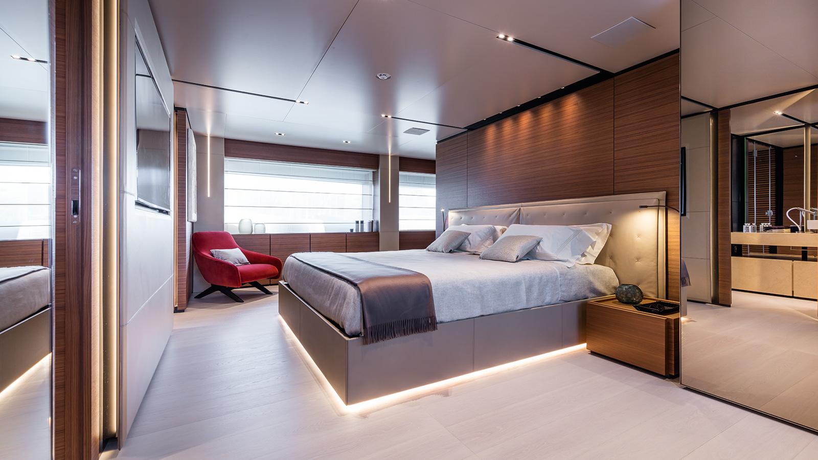 the-owners-cabin-of-the-ferretti-custom-line-motor-yacht-telli-credit-alberto-cocchi
