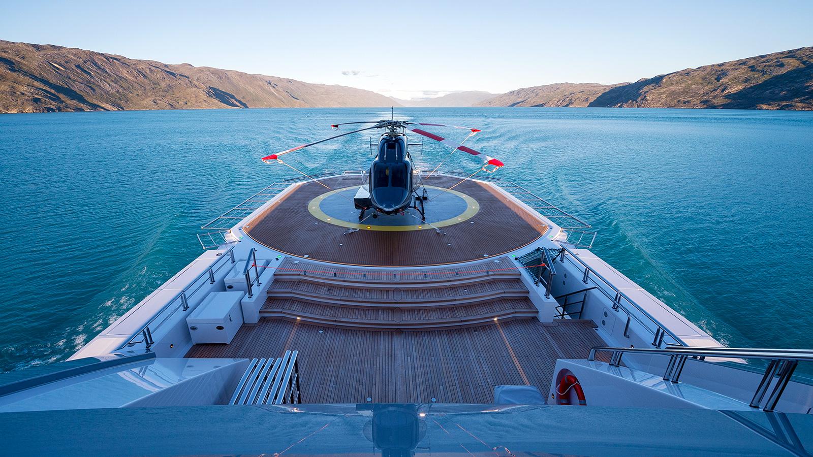 the-helideck-of-abeking-and-rasmussen-explorer-yacht-cloudbreak