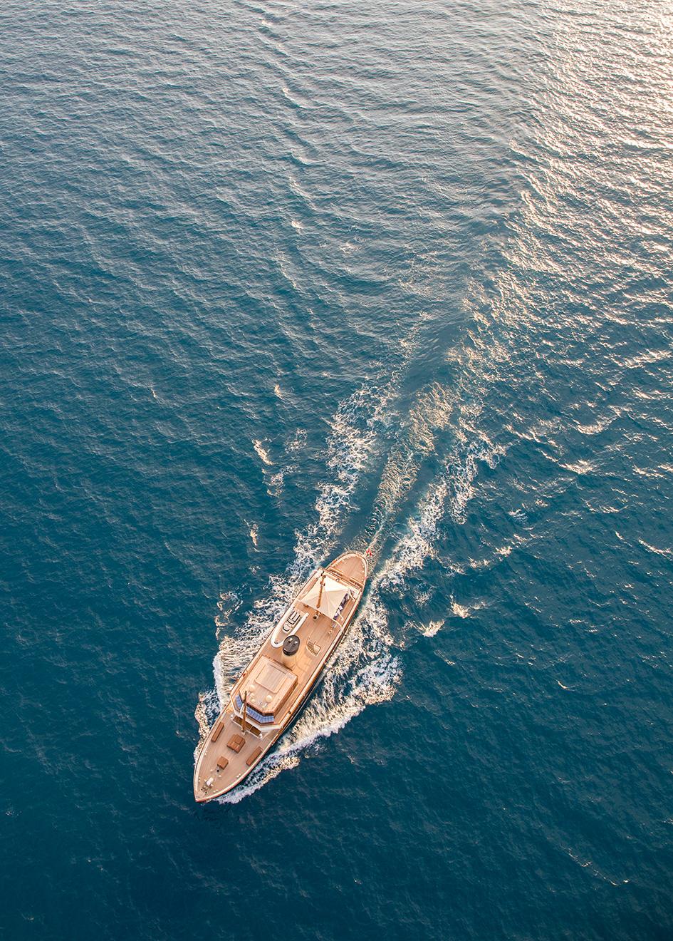 Portrait Taransay Yacht Aerial