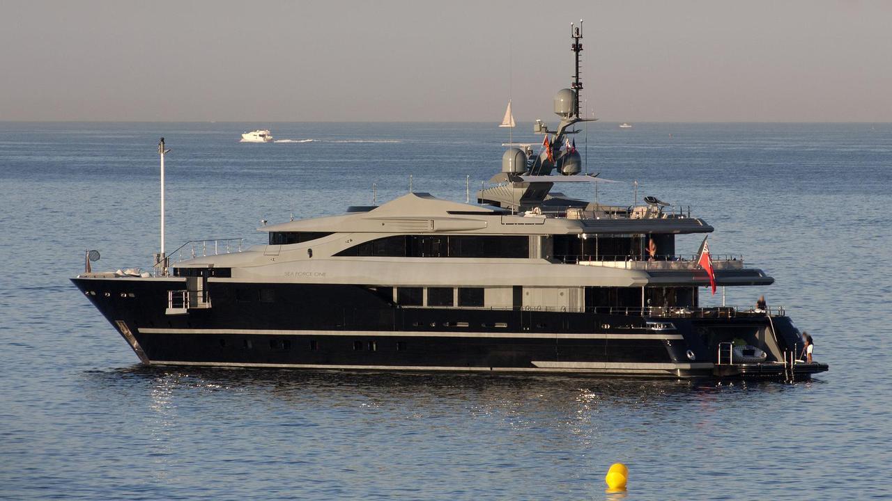 54m admiral mariotti motor yacht sea force one sold boat international. Black Bedroom Furniture Sets. Home Design Ideas