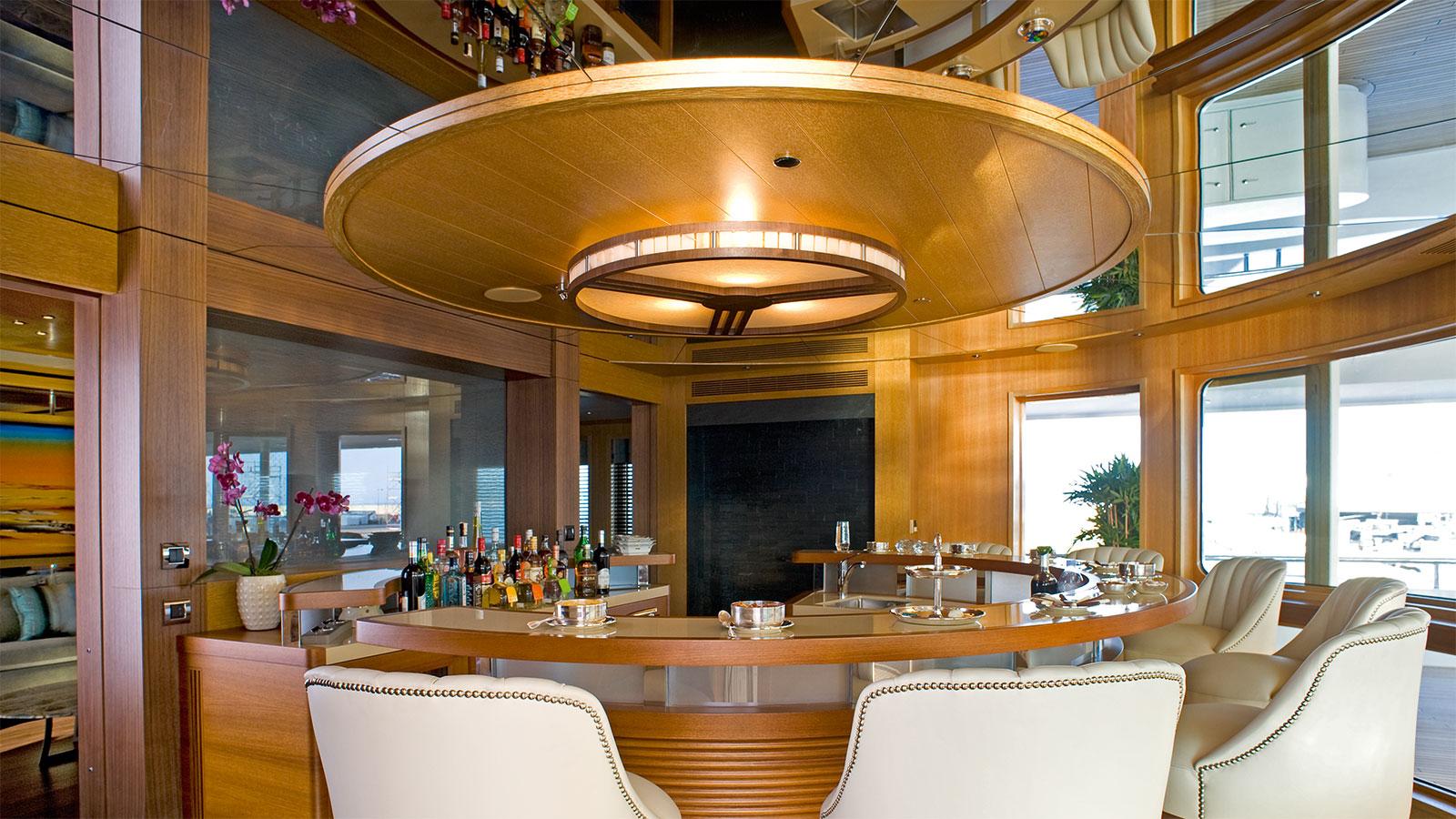 Indian Empress semi-circular bar