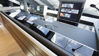 Yacht bridge design