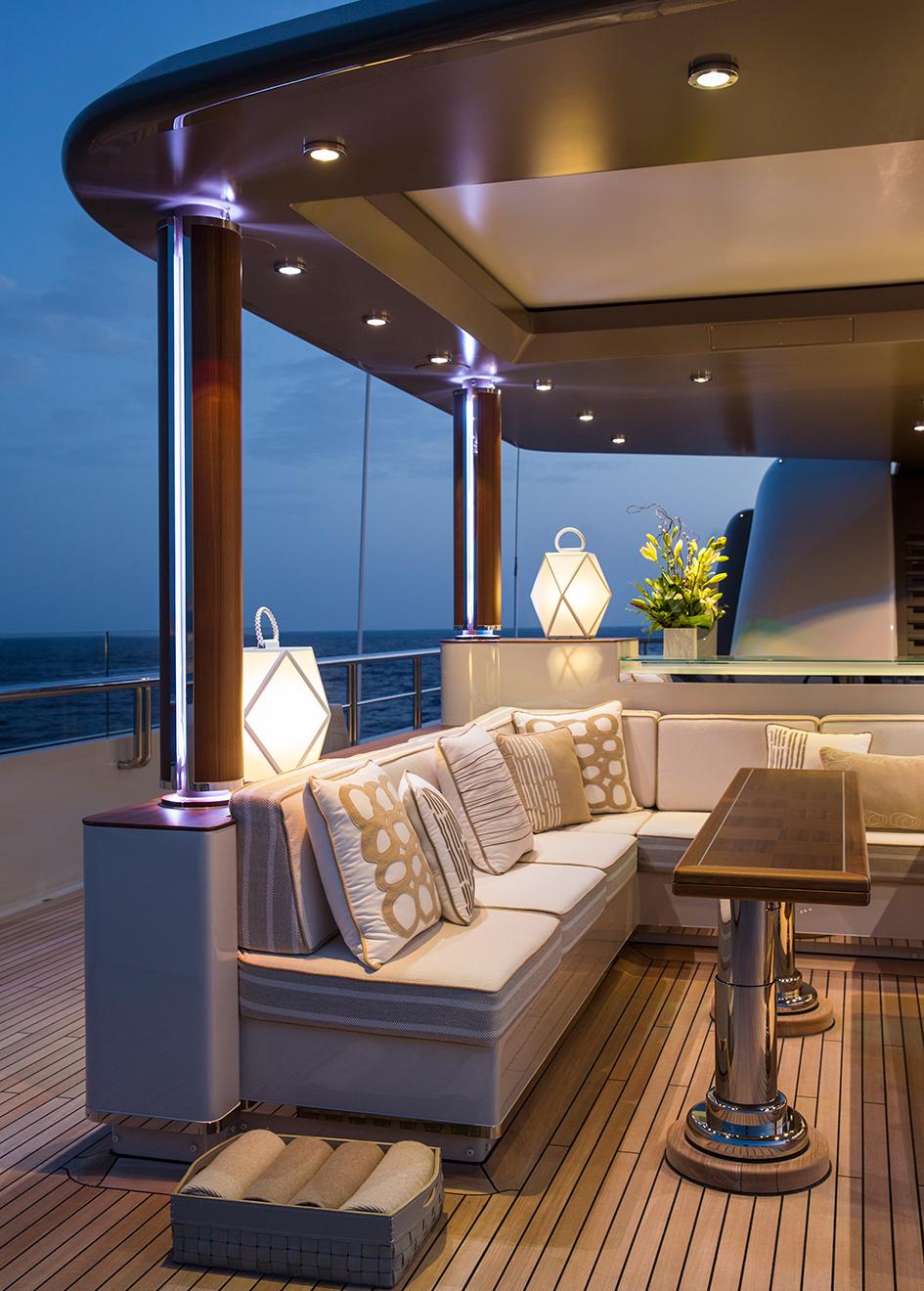 sundeck-seating-on-the-lurssen-superyacht-polar-star