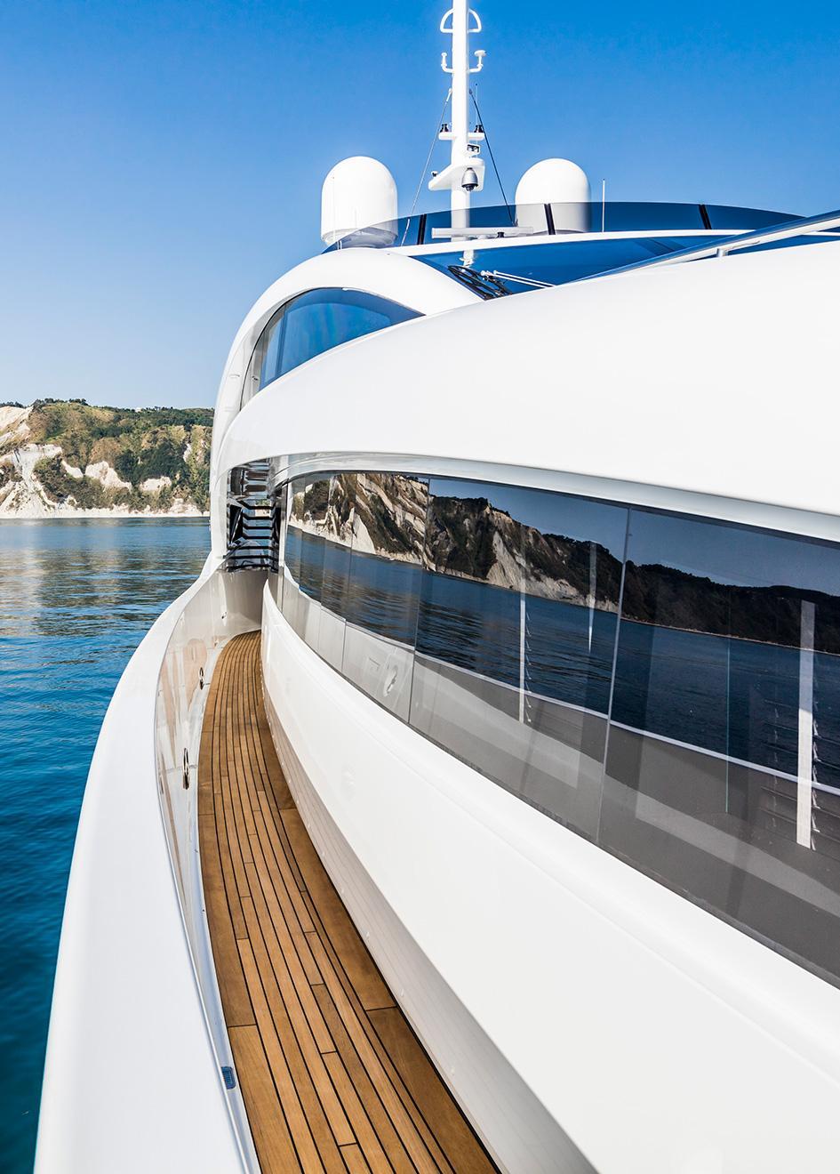 https://www boatinternational com/yacht-market-intelligence