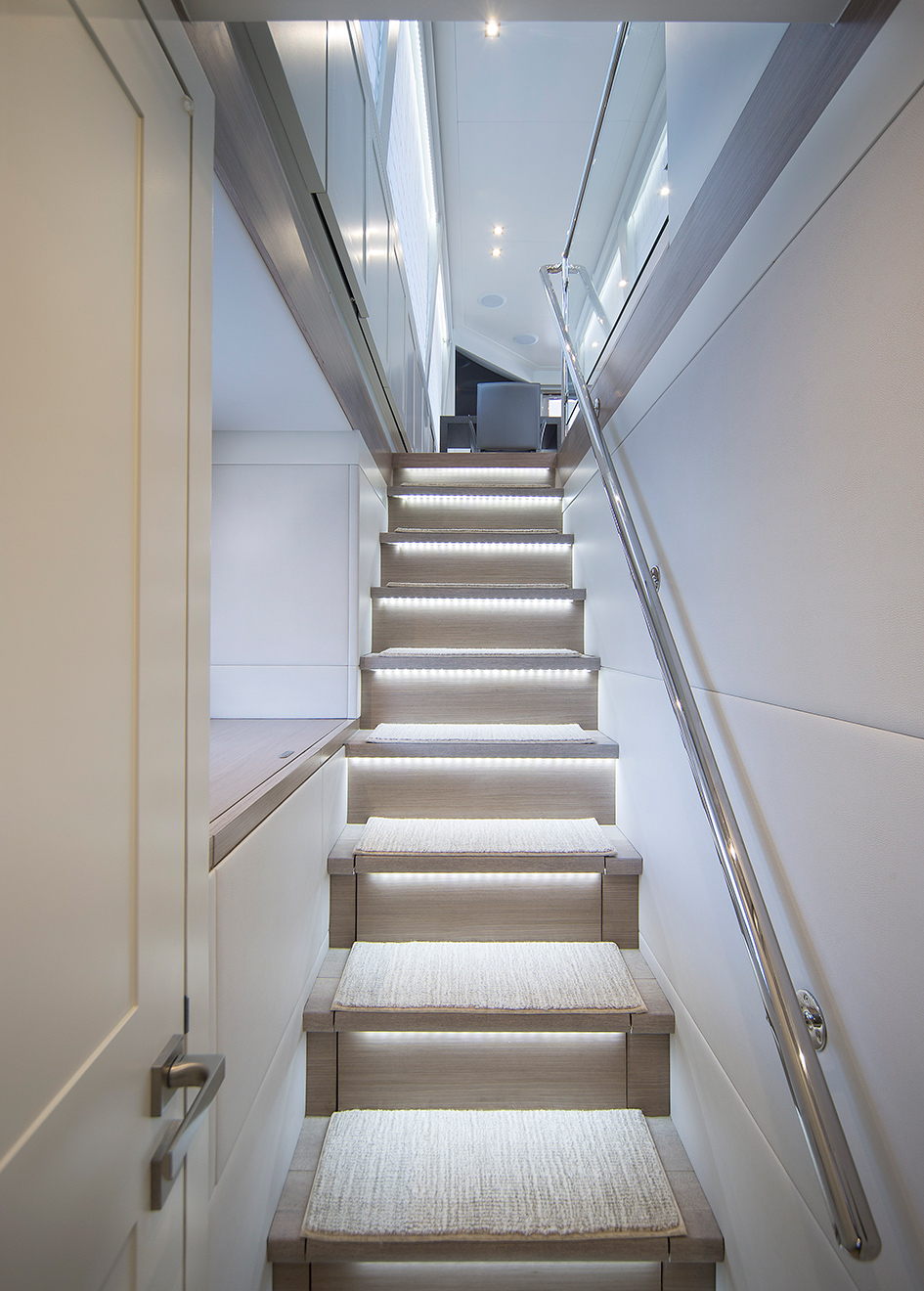the-stairs-of-the-hargrave-custom-yacht-freedom