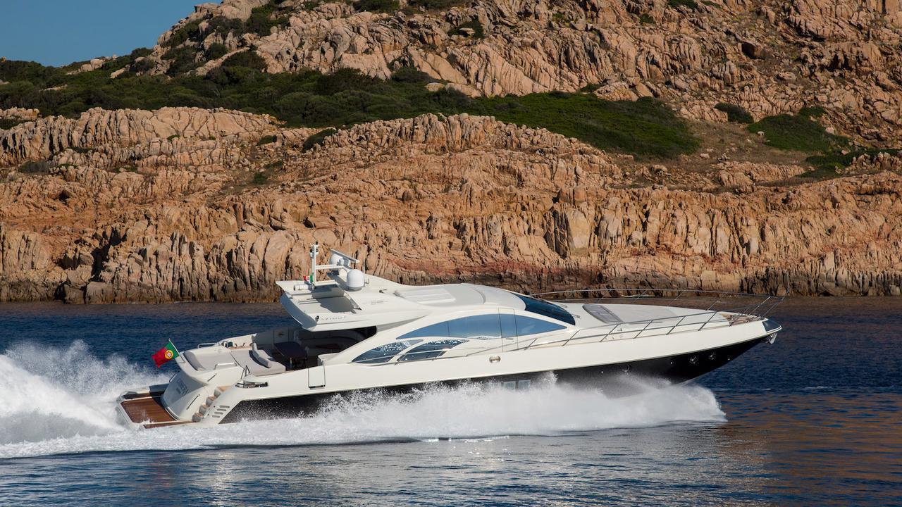 Azimut motor yacht Chimera sold | Boat International