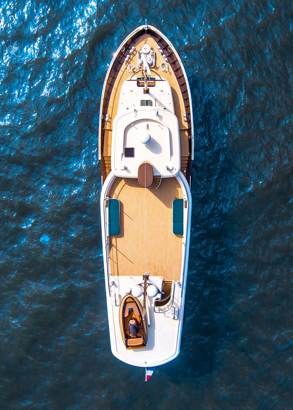 aerial-view-of-livingstone-by-hartman-yachts